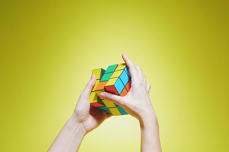 Vídeo Redes Sociales ¨Rubik´s Cube¨